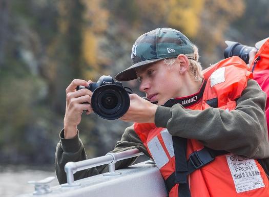 Fotoklubbens yngsta medlem, men fotograferar som en proffsfotograf!